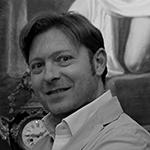 Gherardo Turchi. direttore di negozio di antiquariato a Firenze
